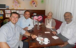Almanya kitap çalışma ekibimizden Özgür Çelikoğlu, Asalettin Soylu, Semra Aldağ ve Bican Veysel Yıldız molada.